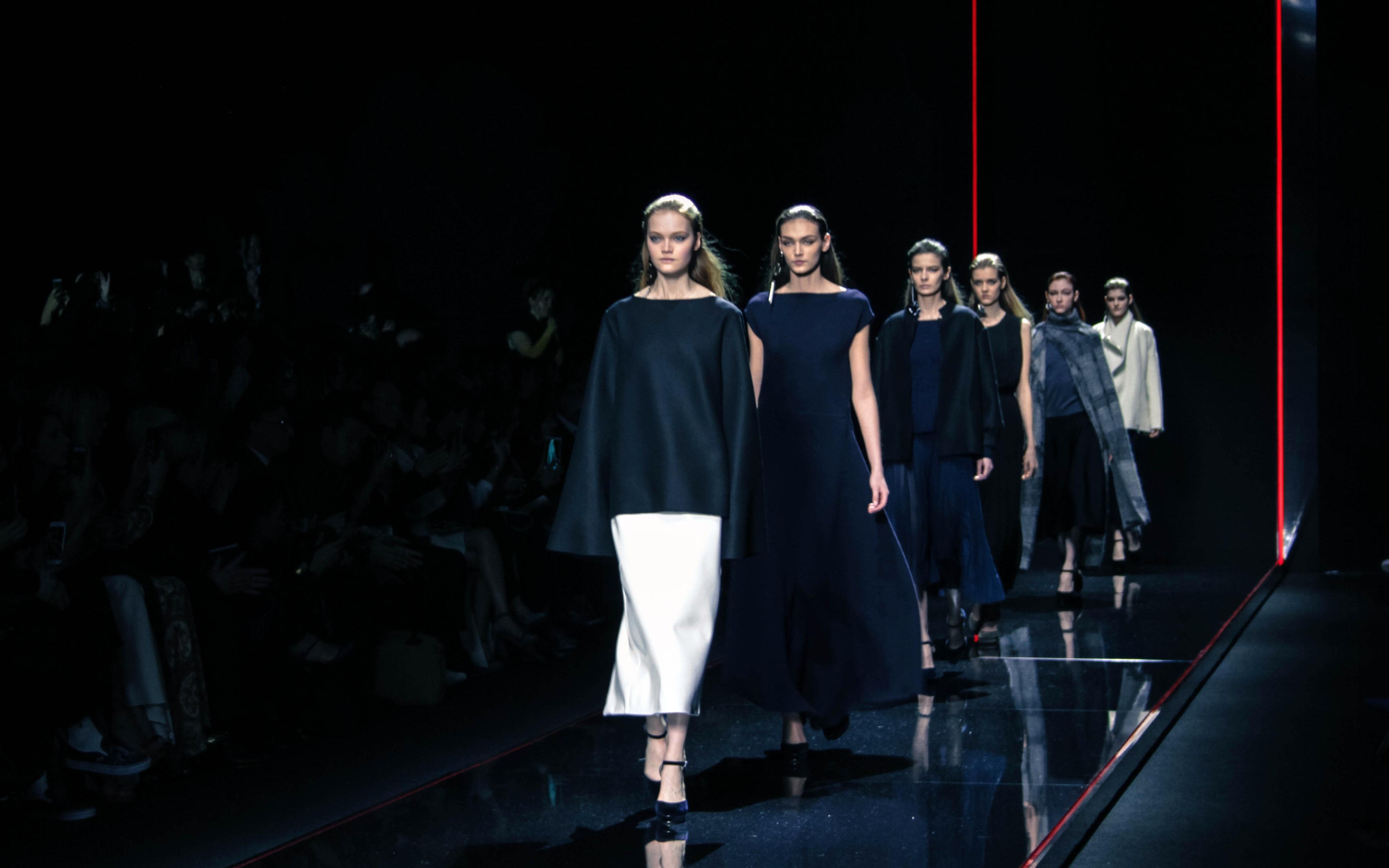 Anteprima fall winter 2015 2016 milan fashion show news for Milan show 2016